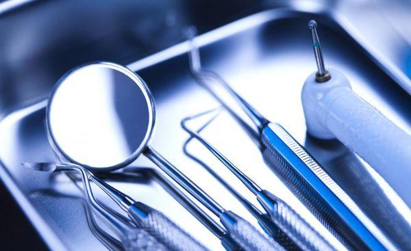работа в стоматологии