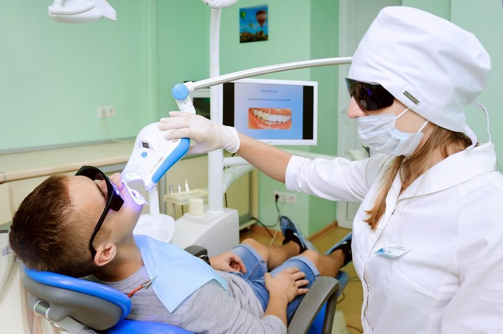 Стоматология Воронеж. Лечение имплантация отбеливание зубов