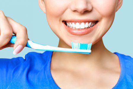 Профессиональная гигиена и чистка зубов Воронеж